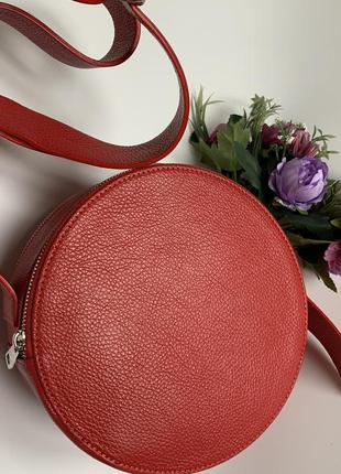 Кожаная сумка. круглая сумка кожа. италия . сумка-круг