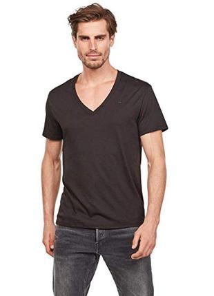 Базовая футболка в v-вырезом, фирменная оригинальная футболка ...