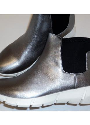 Демисезонные спортивные ботинки Calvin Klein размеры 35, 36, 37