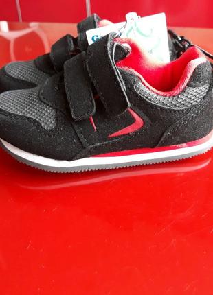 Стильные детские кроссовки Garanimals,Гаранималс для малышей