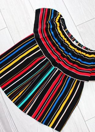 Блуза с воланом / спущенными плечиками /в разноцветную полоску...