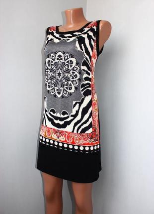 Платье / туника без рукавов / комбинированный принт / черная с...