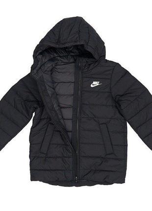 Фирменная женская куртка nike