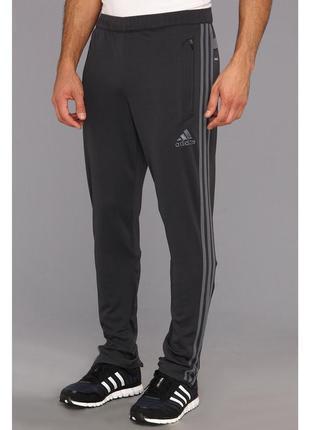 Спортивные  штаны adidas tiro