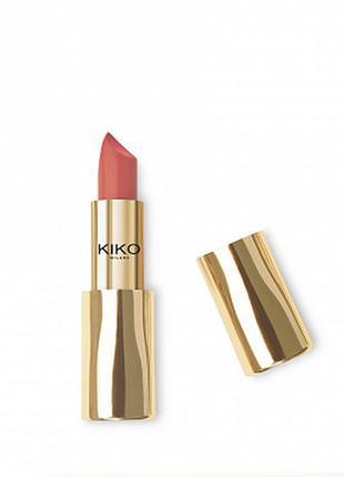 Кремовая помада magical holiday creamy lipstick kiko milano 02