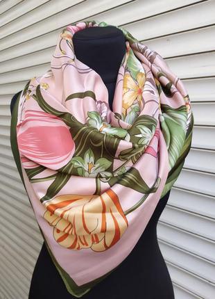 Большой шелковый платок косынка нежно розовый