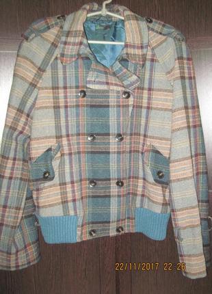 Куртка-пальто benetton  размер l  46