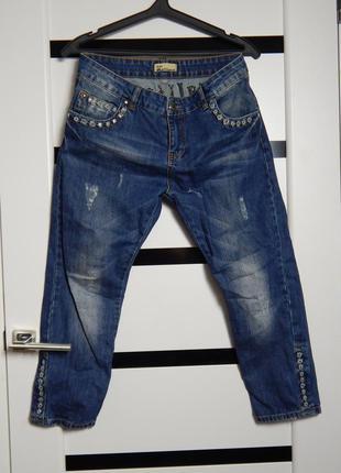 Только сегодня джинсы- бойфренд john galliano оригинал