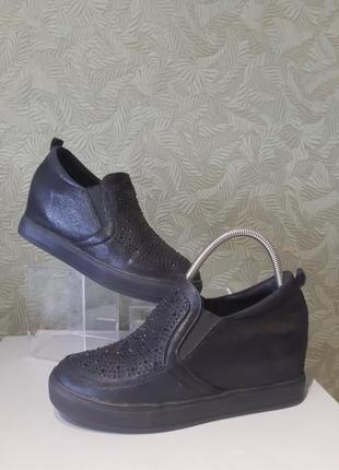 Guess оригинал демисезонные женские ботинки