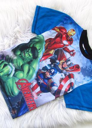 Стильная футболка marvel avengers