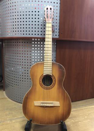 (2594) Изяславская Гитара для Обучения