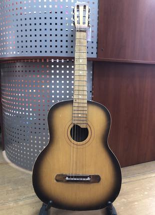(2516) Черниговская Гитара