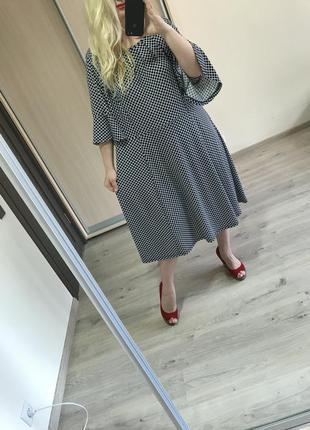 Платье с воланами большой размер
