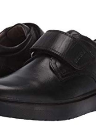 Кожаные туфли для мальчика geox , оригинал раз ,40