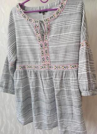 Бомбезная блузка из натуральной ткани