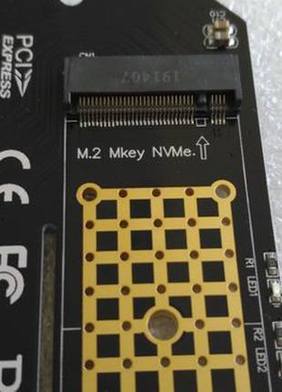 PCI-E -> M.2 ( NVMe ) SSD X4 переходник адаптер низкопрофильный