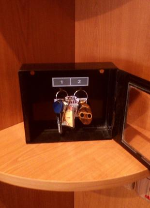 Сейф для ключей