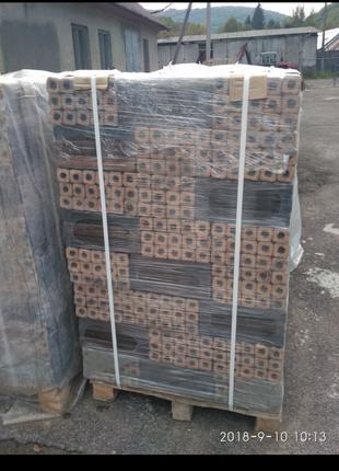 Продам брикет Пини Кей из твердых пород дерева