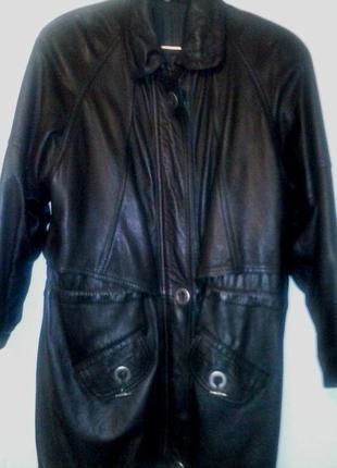 Классная кожаная куртка 48-50р.