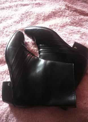 Женские сапожки, ботиночки