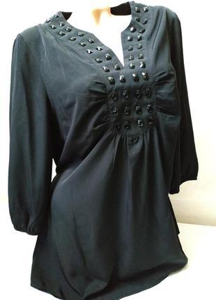 Удлиненная блуза черная стройнит фигуру большой размер