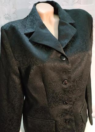 Шикарный пиджак черный в узор