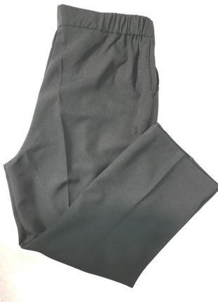 Брюки поб 62 черные с карманами большой размер