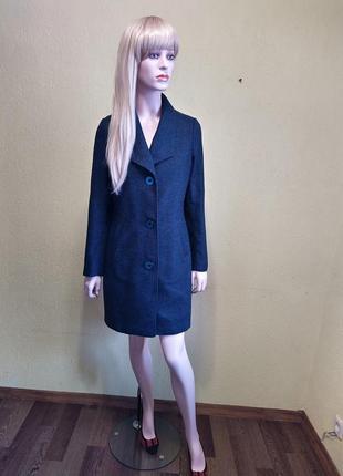 Пальто в деловом стиле от promiss