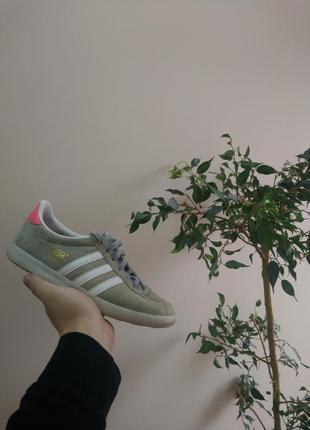 Женские кросовки adidas gazelle размер 38 (24 см ) оригинал !