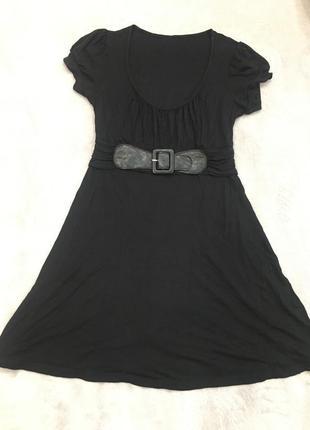 Трикотажное маленькое чёрное платье