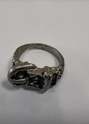 Стильное металлическое кольцо в виде пояса с ремешком 16 размер