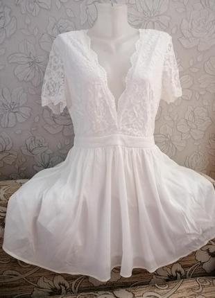 Очень красивое и нежное платье boohoo