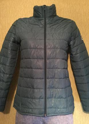 Куртка лёгкая тонкая  размер s