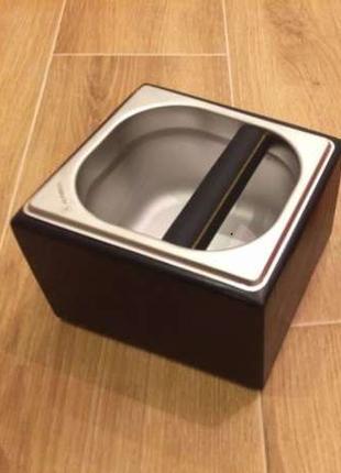 Нок-бокс деревянный c емкостью из нержавеющей стали, 1.6 л