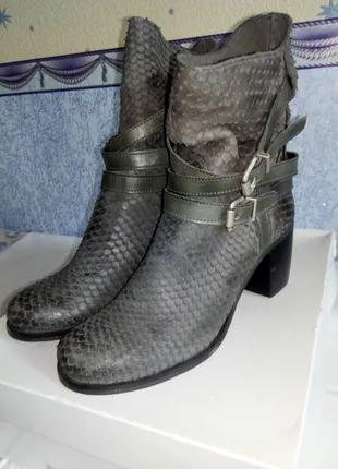 Женские ботинки осень-весна