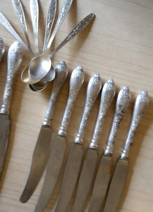 Ножи мельхиор и чайные ложки