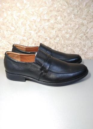 Мужские черные туфли - натуральная кожа!42 размер