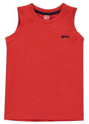 Комфортная брендовая футболка без рукавов