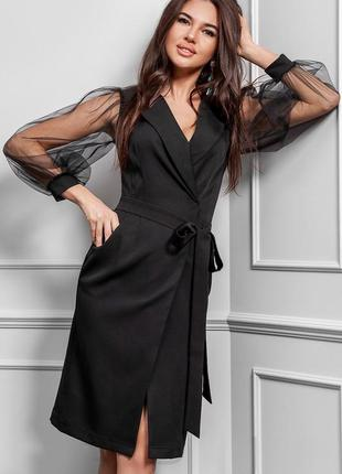 Чёрное миди платье с прозрачными рукавами