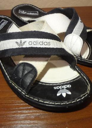 Мужские шлепанцы adidas 44 размер