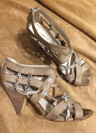 Dorothy perkins сандали босоножки 26-26.5 см