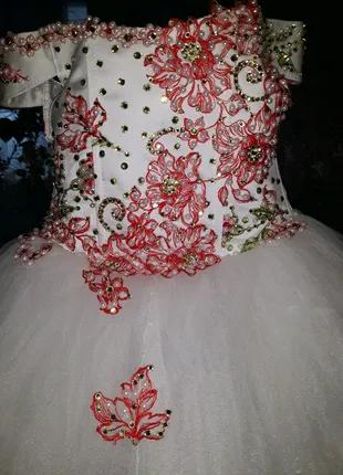 Платье на выпускной в сад