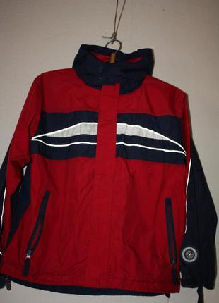 Курточка-ветровка модного цвета ф.tcm р-146/152в отличном сост...