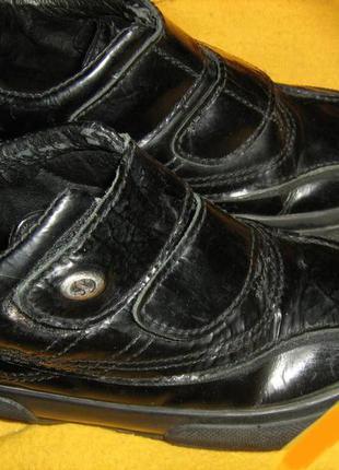 Кожаные детские демисезонные ботинки 27р, стелька 16.8