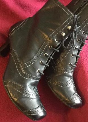 Женские кожаные ботинки на 39