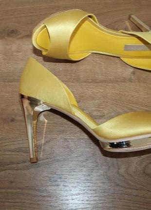 Туфли на высоком каблуке bcbg max azria