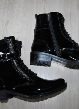 Кожаные ботинки caprice
