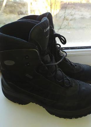 Немецкие ботинки lowa