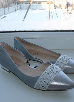 Туфли на низком каблуке caprice germany