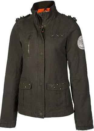 Куртка со звездами и шипами хаки милитари бренд chiemsee